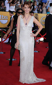 Bernice Bejo looked stunning in a silver gown at the SAG Awards.
