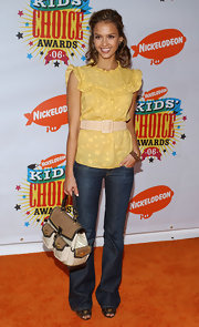 Jessica Alba toted a white satchel bag with tan flaps to the 2006 Kids Choice Awards.