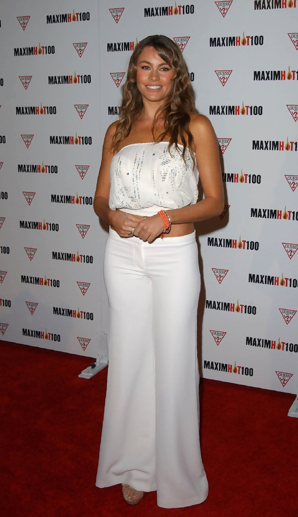 MAXIM MAGAZINE HOT 100 LIST PARTY. .YAMASHIRO, HOLLYWOOD, CA. APRIL 25 2002.
