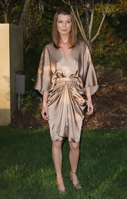 Ellen showed off draped dress while attending the Butterfly Ball.