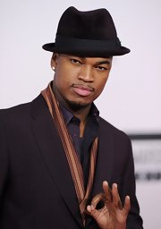 Ne-Yo matched his chocolate velvety fedora to a sleek suit.