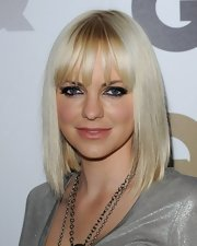 Anna Faris showed off her silver metallic eyeshadow while attending the GQ Men of the Year party.