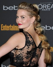 Jennifer Morrison spiced up a basic pony with a bunched segments and a high poof at the crown.