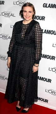 Lena Dunham chose a conservative yet stylish square-patterned black gown by Theyskens' Theory for the Glamour Women of the Year Awards.