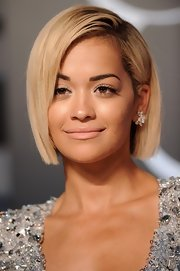 Rita kept it short and sweet with a sleek blonde bob.