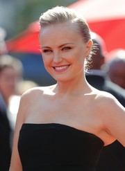 Malin Akerman attended the Emmys looking cool with her subtle pompadour.