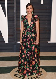 Rashida Jones was oh-so-dainty in her Andrew Gn floral gown at the Vanity Fair Oscar party.