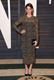Joining the see-through trend with this Rachel Roy number at the Vanity Fair Oscar party, Ashley Greene still kept it classy by wearing a black underlay.