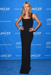 Heidi Klum looked chic in a fitted black gown that kept things classic for the model and mogul.