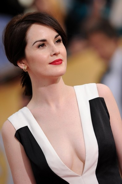 Michelle Dockery Lady In Red Classic Red Lips For