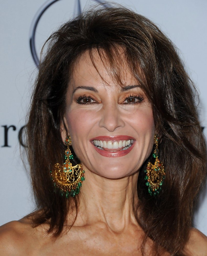 Susan Lucci S Full Bodied Hairstyle Haute Hairstyles For