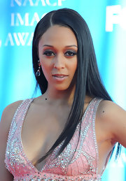Tia Mowry styled her hair in a sleek hairstyle for the NAACP Image Awards.