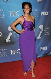 Tracee Ellis Ross was breathtakingly beautiful in this purple one-shoulder evening dress at the NAACP Image Awards.