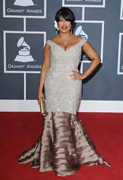 Niecy was a glam queen at the Grammy's in a beaded off-the-shoulder evening dress with a tiered mermaid train.