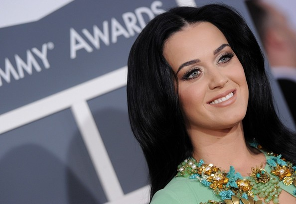 More Pics of Katy Perry Nude Lipstick (1 of 15) - Katy Perry Lookbook - StyleBistro