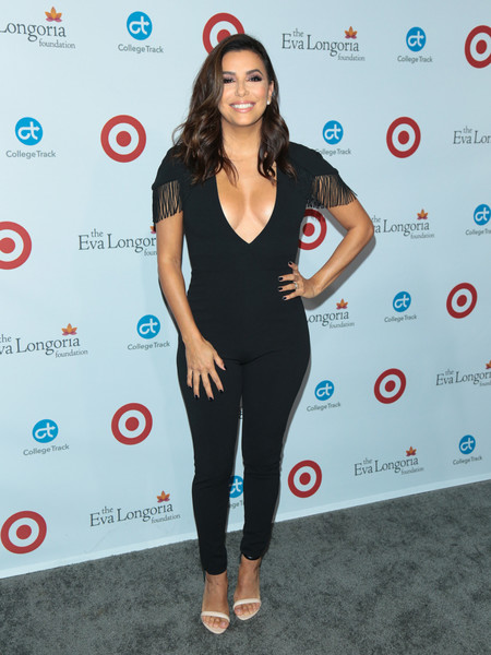 More Pics of Eva Longoria Medium Wavy Cut (2 of 2) - Eva Longoria Lookbook - StyleBistro