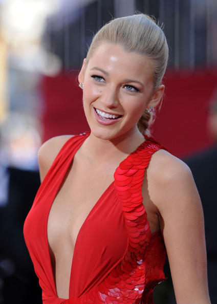 More Pics of Blake Lively Long Braided Hairstyle (1 of 8) - Long Hairstyles Lookbook - StyleBistro