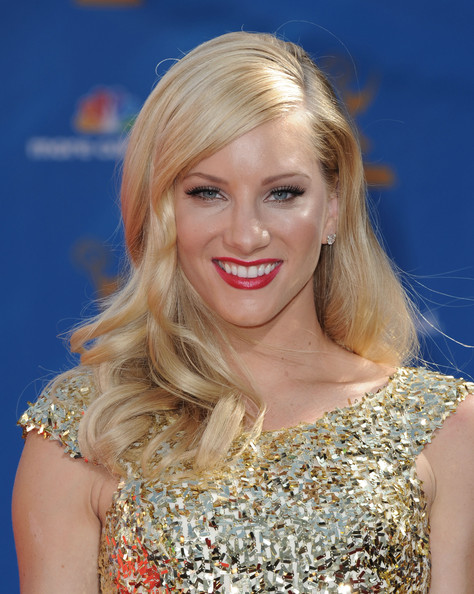 Heather showed off her long blond curls while hitting the Emmy Awards.