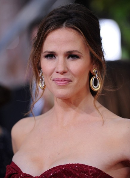 More Pics of Jennifer Garner Strapless Dress (5 of 13) - Jennifer Garner Lookbook - StyleBistro