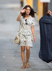 Abigail Spencer stopped by 'Jimmy Kimmel Live' wearing a white and gray feather-print dress with a tiered skirt.