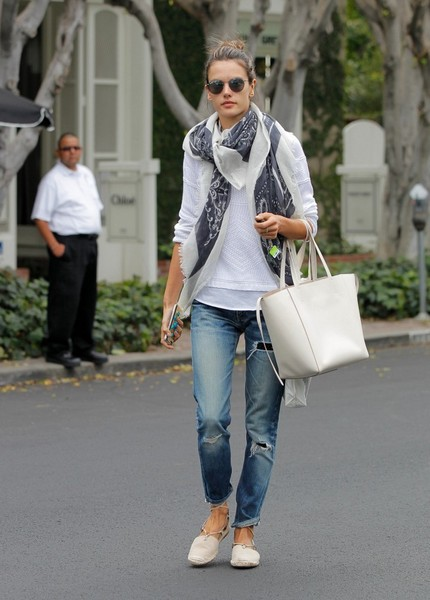 Wear them with espadrilles and a cool summer scarf like Alessandra Ambrosio.