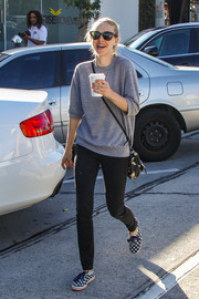 Amanda Seyfried completed her laid-back look with a pair of gingham sneakers by Keds x Kate Spade.