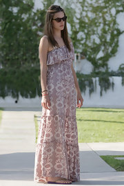 Alessandra looked boho-chic in this tiered print maxi-dress.