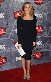 LeAnn Rimes carried a white leather clutch at the 2012 American Country Awards.