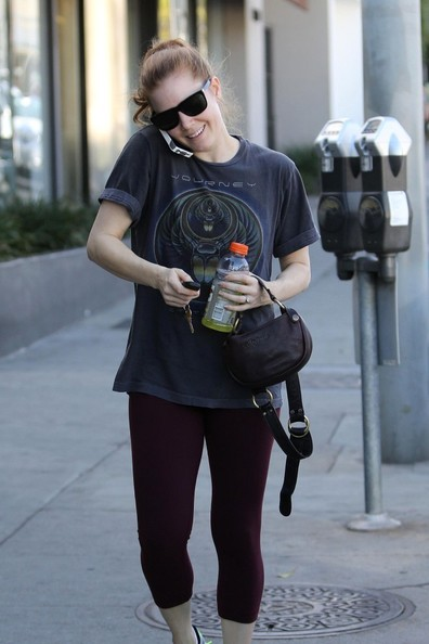 Amy Adams Leaves the Gym