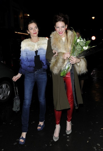 More Pics of Anna Friel Skinny Jeans (2 of 12) - Anna Friel Lookbook - StyleBistro