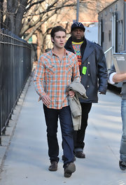 Chace Crawford rocked one of his many plaid shirts on the set of 'Gossip Girls'.