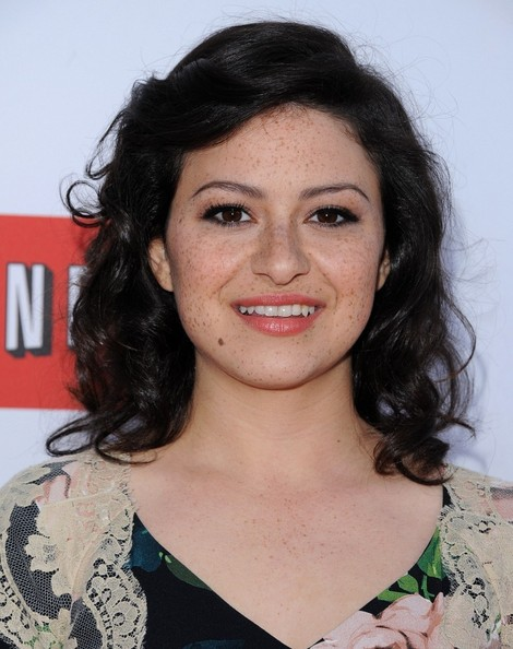 More Pics of Alia Shawkat Medium Curls (2 of 7) - Alia Shawkat Lookbook - StyleBistro