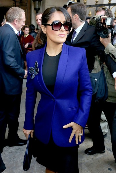 More Pics of Salma Hayek Oversized Sunglasses (1 of 5) - Oversized Sunglasses Lookbook - StyleBistro