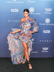 Georgia Fowler was boho-glam in a one-shoulder print dress by Dundas at the Art of Elysium celebration.