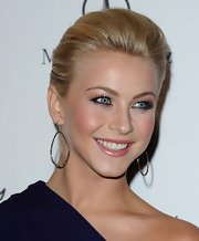 Julianne Hough accented her sleek bun with diamond hoop earrings. A soft glow and coral lips completed her look.