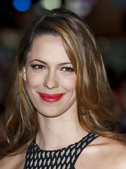Rebecca Hall paired a vibrant, cool red lipstick with her ultra long lashes at the premiere of 'The Awakening.'