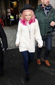 Perrie Edwards sported an over-sized white sweater while at the BBC Radio Studios.