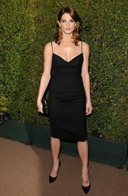 Ashley Greene kept her look classic and super sexy with this low-cut, spaghetti-strap LBD by DSquared during the Decades of Glamour Oscar party.