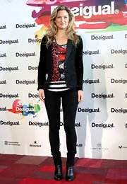 Bar Refaeli's stylish skinny pants elongated her already slender frame while at a Desigual presentation in Barcelona.