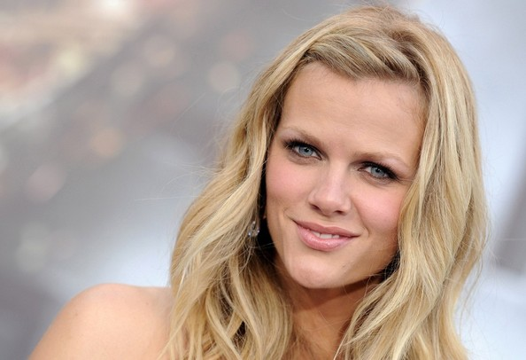 More Pics of Brooklyn Decker Long Wavy Cut (1 of 18) - Brooklyn Decker Lookbook - StyleBistro