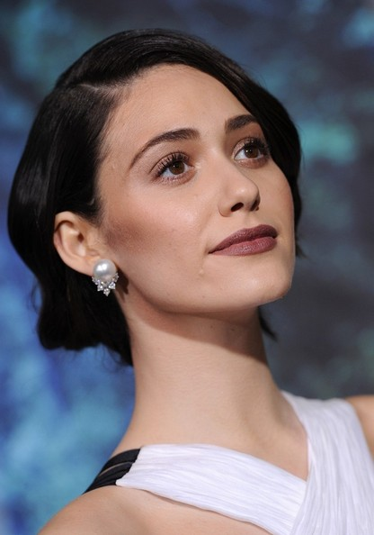 More Pics of Emmy Rossum Berry Lipstick (4 of 38) - Makeup Lookbook - StyleBistro