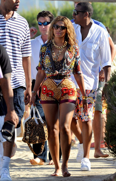 Beyonce Knowles Layered Chainlink Necklaces