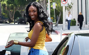 Fresh-faced and with hair flowing, Brandy heads out for the day in LA. Her effortless waves and effervescent smile are the perfect accessories to her look.