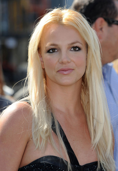 Britney Spears Pink Lipstick Britney Spears Beauty Looks