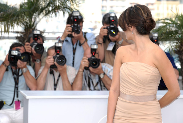 More Pics of Penelope Cruz Classic Bun (1 of 14) - Penelope Cruz Lookbook - StyleBistro