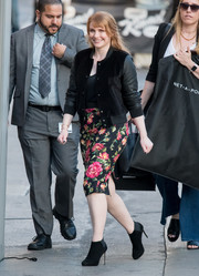 Bryce Dallas Howard arrived for her 'Jimmy Kimmel' appearance looking tough-chic in a leather and velvet bomber jacket.