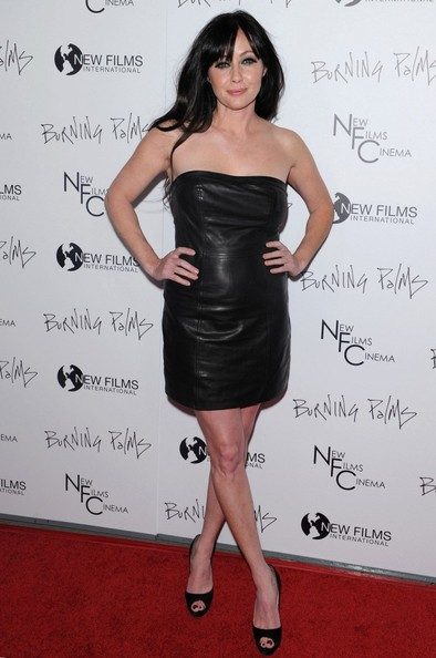 Shannen Doherty Wears a Strapless Leather Dress to the 'Burning Palms' Premiere