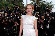 Uma Thurman Is White Hot in Chanel Couture