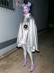 Leona Lewis layered a silver cape over a matching catsuit for her Just Jared Halloween party costume.