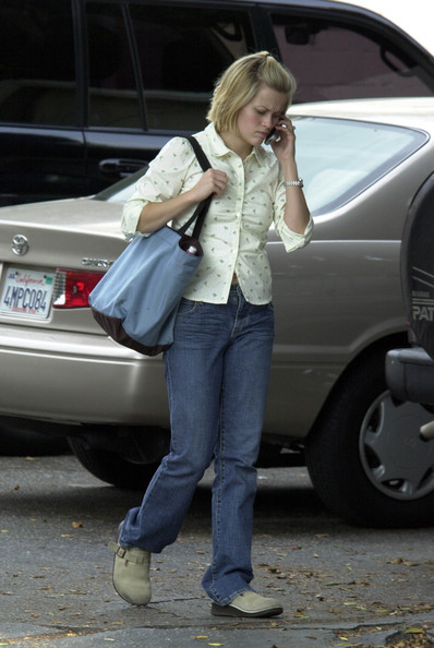 Reese Witherspoon 2003 20 Street Style Shots From The
